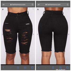 NWT Distressed Bermuda shorts size 11